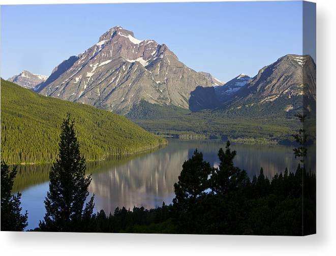 Lake Canvas Print featuring the photograph Mountain Lake by Richard Steinberger