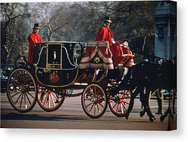 Royal Carriage Canvas Print featuring the photograph Royal Carriage At Buckingham Palace X by Carl Purcell
