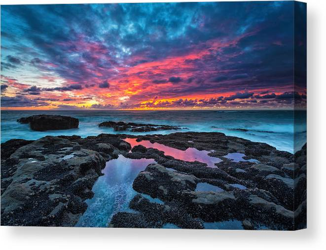 Sunset Canvas Print featuring the photograph Serene Sunset by Robert Bynum