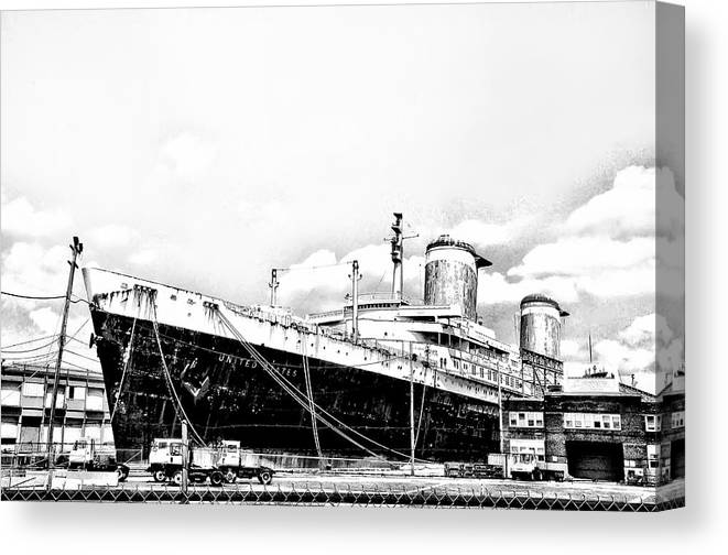 Philadelphia Canvas Print featuring the photograph Ss United States by Bill Cannon