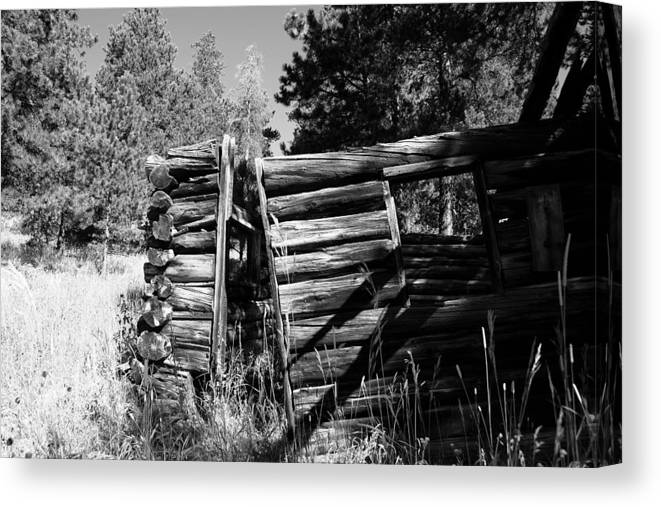 Canvas Print featuring the photograph Storm Mountain Homestead by Perspective Imagery