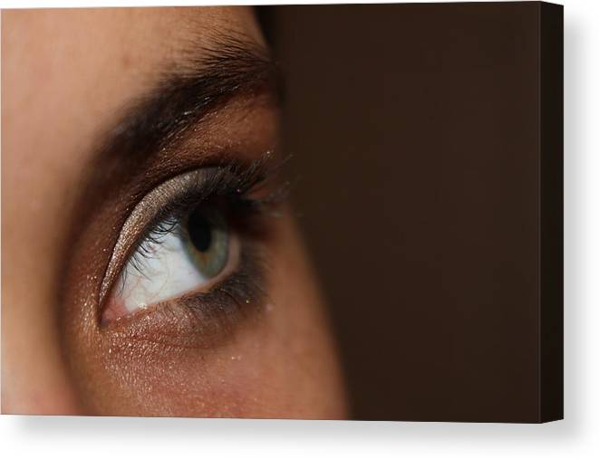 Eyes Canvas Print featuring the photograph Thinking by Paula Coley