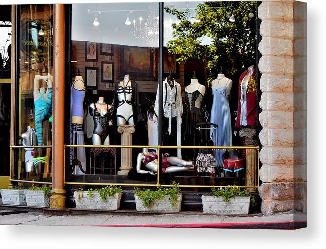 Window Shopping Canvas Print featuring the photograph Todays Art 1317 by Lawrence Hess