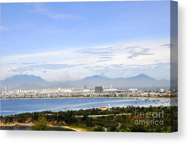 Da Nang Beach Canvas Print featuring the photograph View Of Da Nang 2 by Andrew Dinh