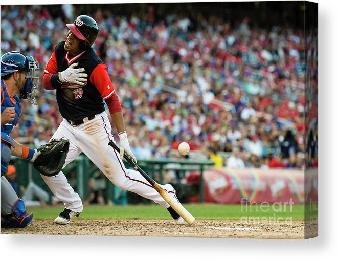 People Canvas Print featuring the photograph New York Mets V Washington Nationals by Patrick Mcdermott