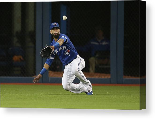 Second Inning Canvas Print featuring the photograph Atlanta Braves V Toronto Blue Jays by Tom Szczerbowski