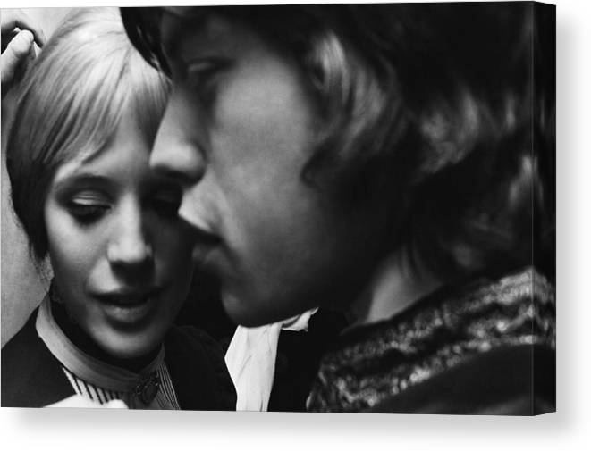 Rock Music Canvas Print featuring the photograph Faithfull To Jagger by C. Maher