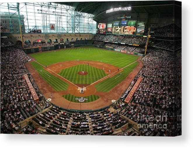Scenics Canvas Print featuring the photograph Pittsburgh Pirates V Houston Astros by Stephen Dunn