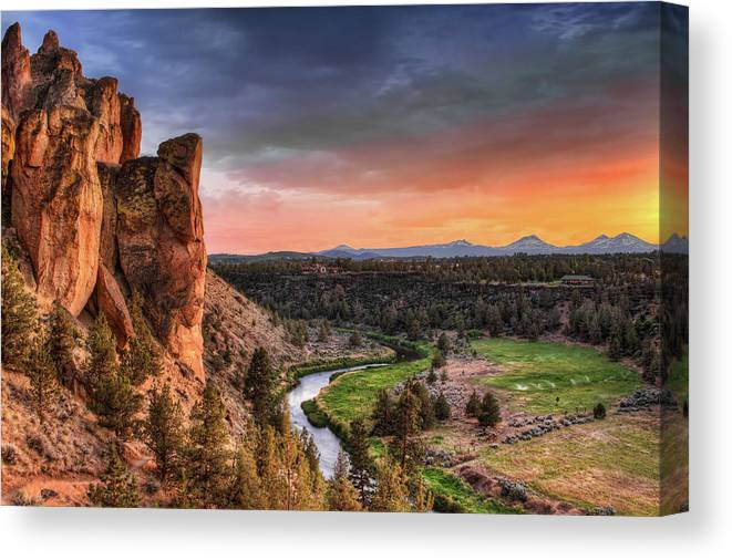 Scenics Canvas Print featuring the photograph Sunset At Smith Rock State Park In by David Gn Photography