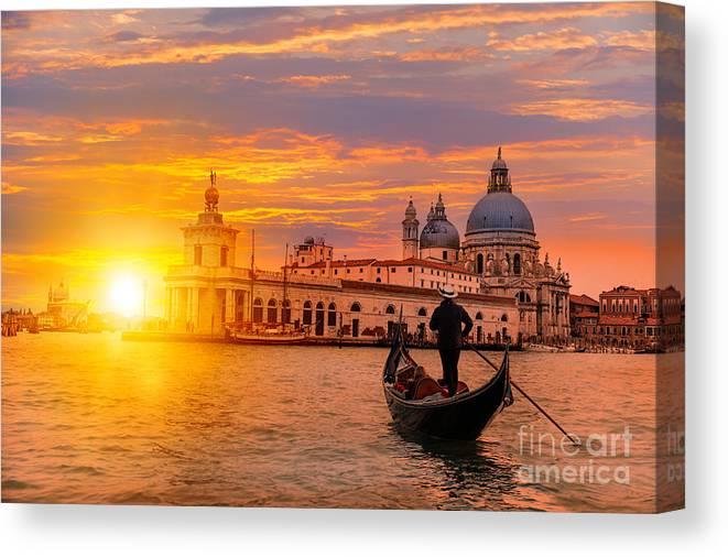 Building Canvas Print featuring the photograph Venetian Gondolier Punting Gondola by Muratart
