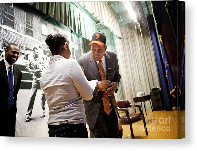 San Francisco Canvas Print featuring the photograph Willie Mays And The World Series Trophy by Michael Nagle