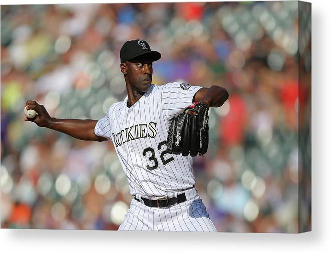 Ninth Inning Canvas Print featuring the photograph Latroy Hawkins by Justin Edmonds