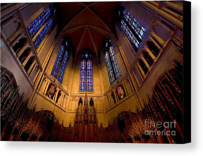 Allegheny County Canvas Print featuring the photograph Heinz Memorial Chapel Pittsburgh Pennsylvania by Amy Cicconi