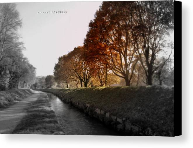 Landscape Canvas Print featuring the photograph In A Dreamy Autumn Haze by Richard Couchman