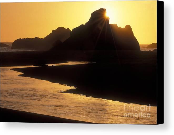 Sandra Bronstein Canvas Print featuring the photograph Harris Beach Sunset by Sandra Bronstein