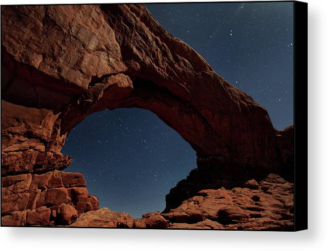 Horizontal Canvas Print featuring the photograph North Windows Arch Under Moonlight by Ayinde Listhrop