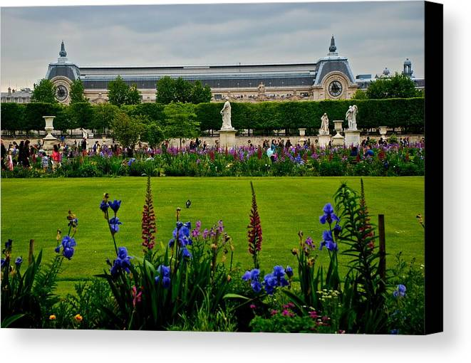 Musee D'orsay Canvas Print featuring the photograph Orsay From The Tuileries by Eric Tressler
