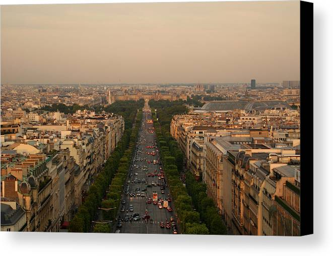 Horizontal Canvas Print featuring the photograph Paris View At Sunset by CNovo