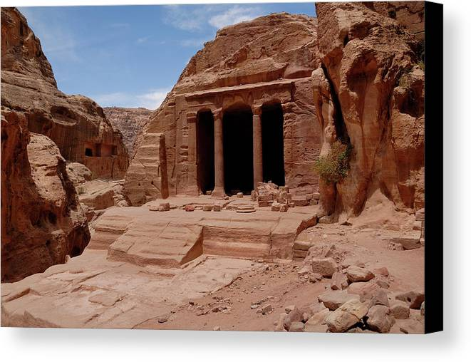 Horizontal Canvas Print featuring the photograph Petra's Garden Temple by Dan Wiklund