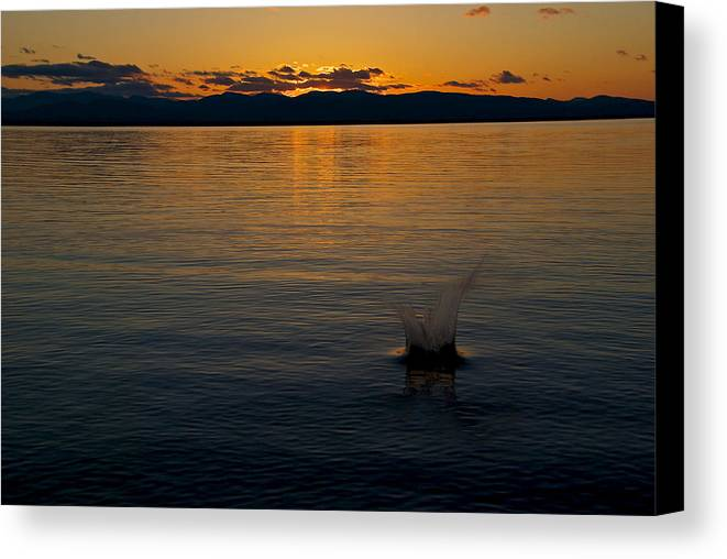 Burlington Canvas Print featuring the photograph Sunset Spash by Mike Horvath