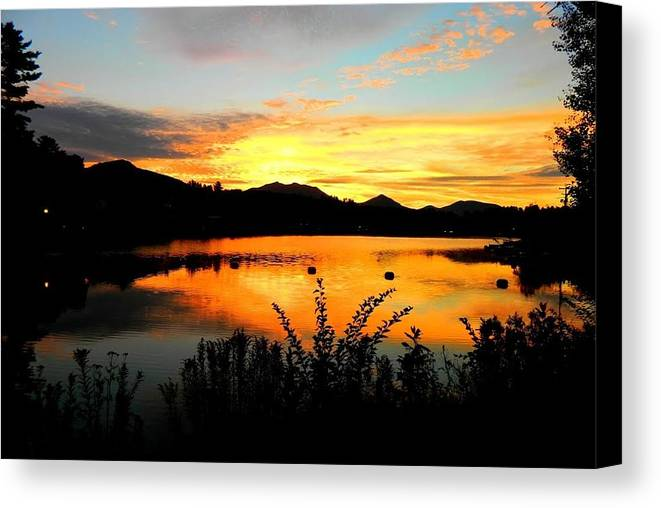Landscape Canvas Print featuring the painting Evening Glow by Melody Schuster