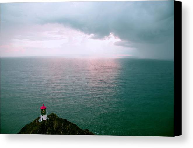 Hawaii Canvas Print featuring the photograph Makapuu Lighthouse by Kevin Smith
