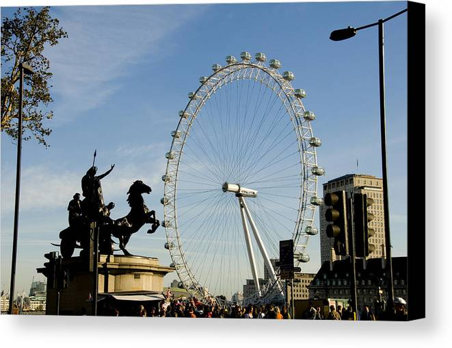 London Eye Canvas Print featuring the photograph Ready To Ride by Charles Ridgway