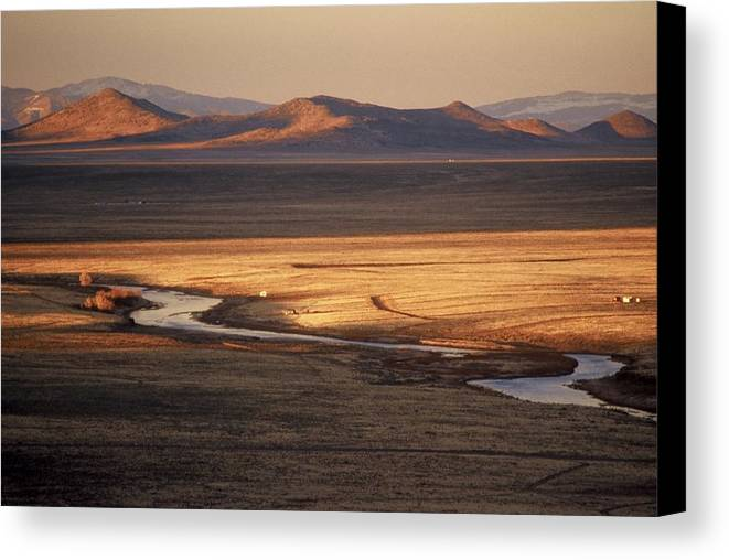 Landscape Canvas Print featuring the photograph Rio Grande Evening by Lynard Stroud