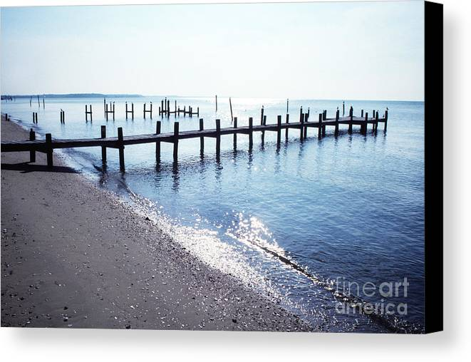 Usa Canvas Print featuring the photograph St Clement Chesapeake Bay by Thomas R Fletcher