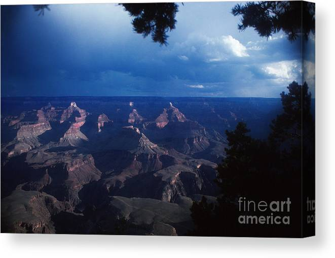 Landscape Canvas Print featuring the photograph 720 Sl Grand Canyon 20 by Chris Berry