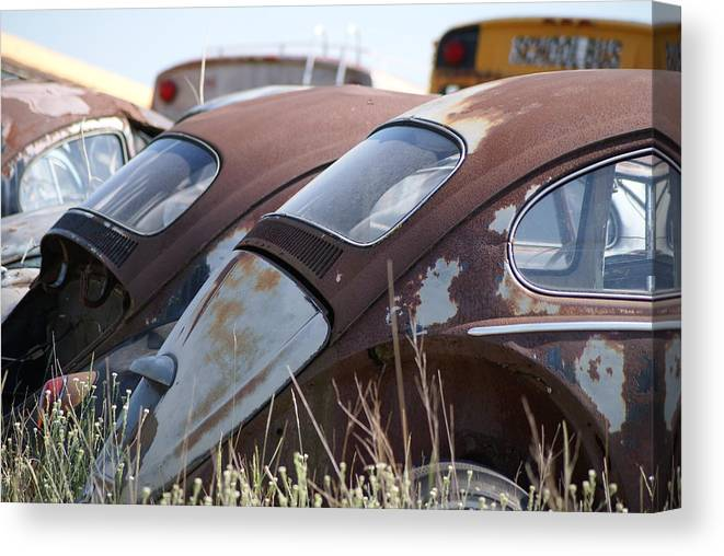 Volkswagon Canvas Print featuring the photograph Bug26 by John Turner