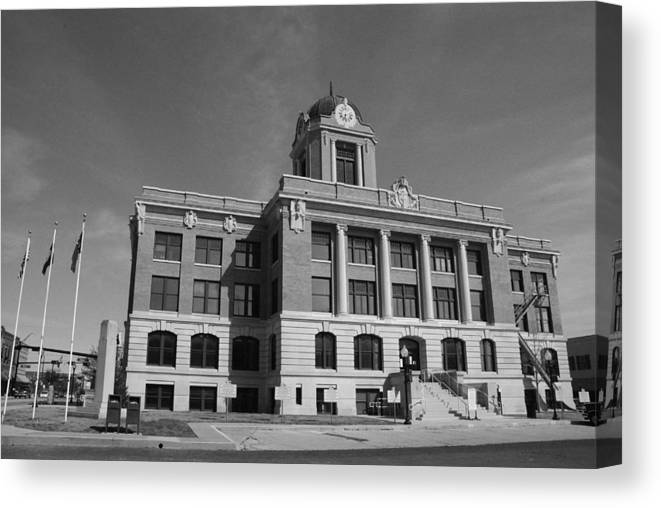 Cooke Canvas Print featuring the photograph Cooke County Courthouse Bw by Robyn Stacey