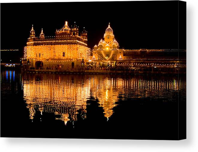 Golden Temple Canvas Print featuring the photograph Corse Reflection by Devinder Sangha