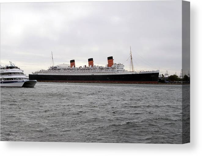 Queen Mary Canvas Print featuring the photograph Queen Mary Ocean Liner Full Starboard Side 03 Long Beach Ca by Thomas Woolworth