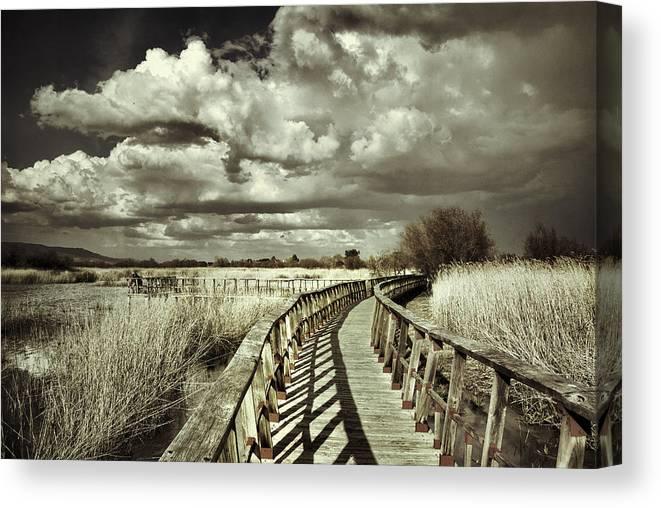 Sunrise Canvas Print featuring the photograph The Bridge Retro Serie by Guido Montanes Castillo