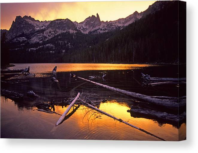 Sawtooth Mountains Canvas Print featuring the photograph Lake by Elijah Weber