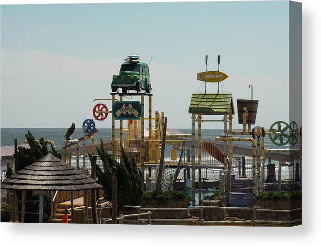 Larger Ferris Wheels Canvas Print featuring the photograph Amusement 15 by Joyce StJames
