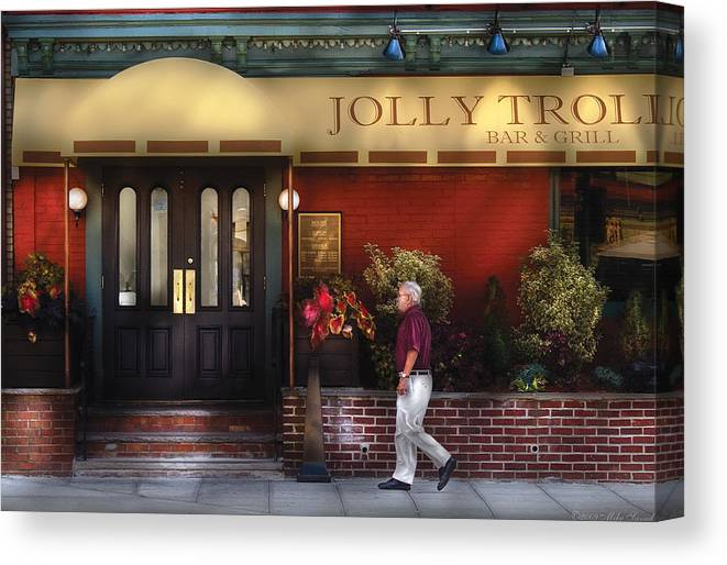 Savad Canvas Print featuring the photograph Cafe - Jolly Trolley by Mike Savad