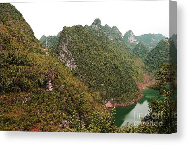 Landscape Canvas Print featuring the photograph Chi Bai No IIi by Dot Xie