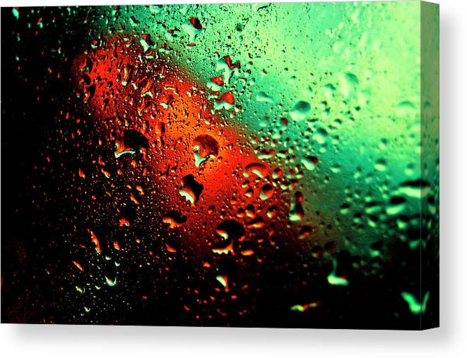 Water Canvas Print featuring the photograph Droplets Vii by Grebo Gray