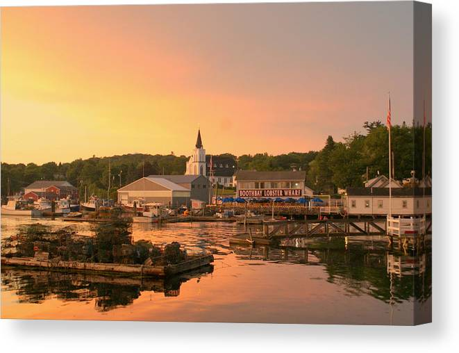 Sunset Canvas Print featuring the photograph Sunset At Boothbay Harbor by Lois Lepisto
