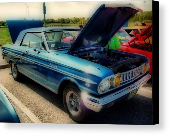Hdr Canvas Print featuring the photograph 289 Ford Fairlane 500 Hdr by Thomas MacPherson Jr