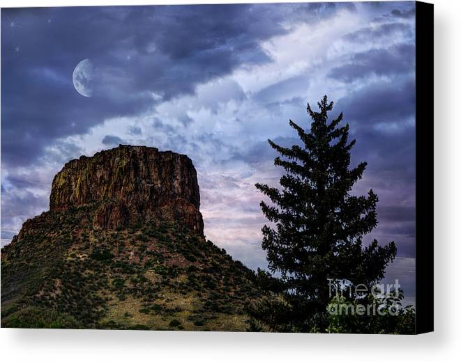 Beauty In Nature Canvas Print featuring the photograph Castle Rock by Juli Scalzi