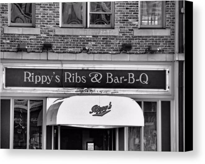 Rippy's Ribs And Bar Bq Canvas Print featuring the photograph Rippy's Ribs And Bar Bq by Dan Sproul