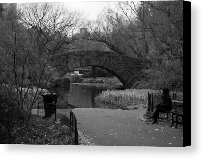 New York Canvas Print featuring the photograph Quiet Time In Nyc by Kenneth Drylie