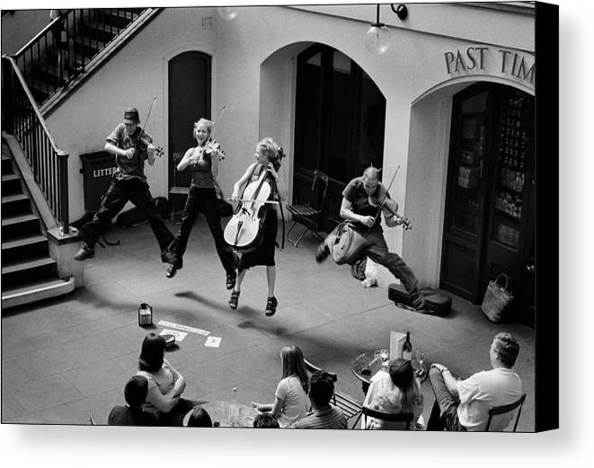 Music Covent Garden Canvas Print featuring the photograph The Flying Quartet Covent Garden by Aldo Cervato