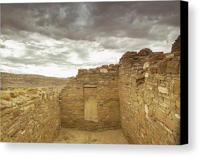 Chaco Canyon Canvas Print featuring the photograph Bonito Day by Kunal Mehra