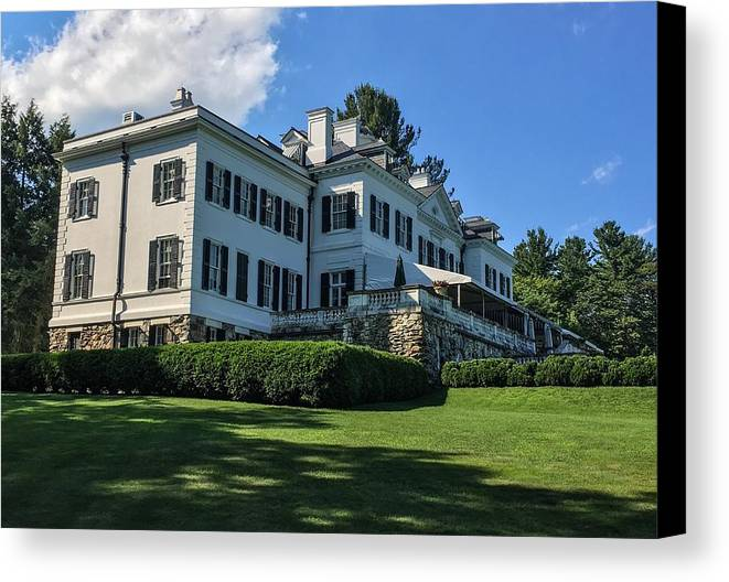 Edith Wharton Estate Historical Building Luxurylifestyle Mansion House Sky And Clouds Architecture Building Exterior Built Structure Cloud - Sky Day Grass Growth Landscape_photography Landscapes Nature No People Outdoors Plant Sky Sky And Trees Travel Destinations Tree Water Canvas Print featuring the photograph Edith Wharton Estate by Mark Sellers