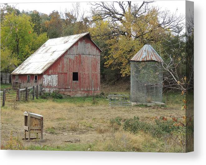 Galena Barn Red Canvas Print featuring the photograph Galena Barn #17 by Todd Sherlock