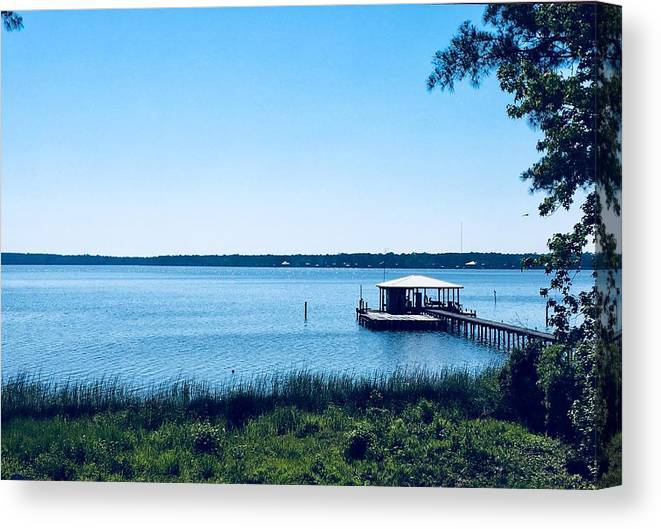 Seascape Canvas Print featuring the photograph Pier On The Bay by Carmen Clark